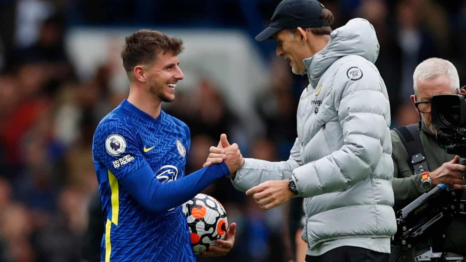 BXH Ngoại hạng Anh mới nhất: Chelsea vững ngôi đầu, MU hưởng lợi nhờ Watford
