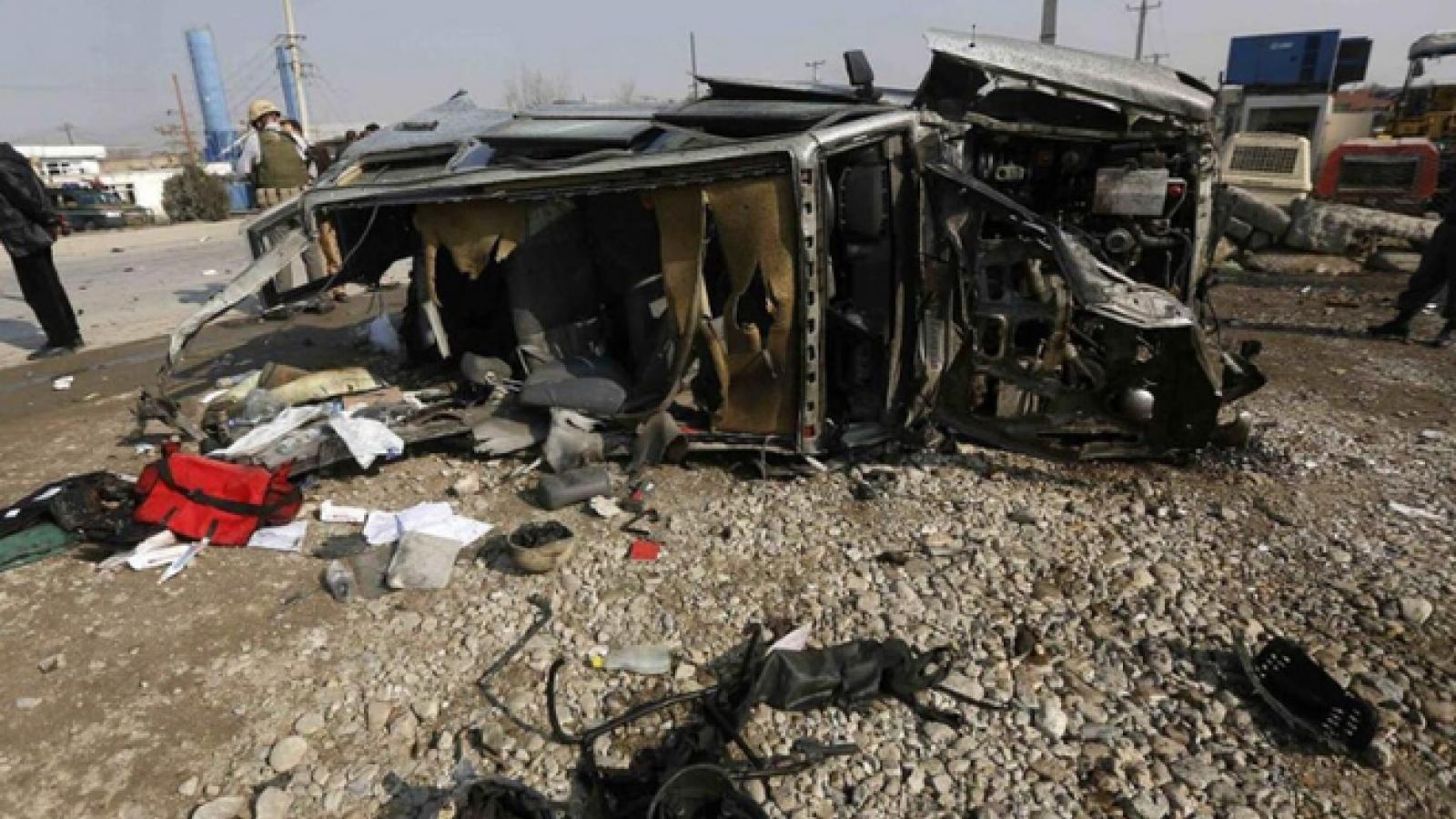 Đánh bom khủng bố ở Afghanistan khiến nhiều dân thường thiệt mạng
