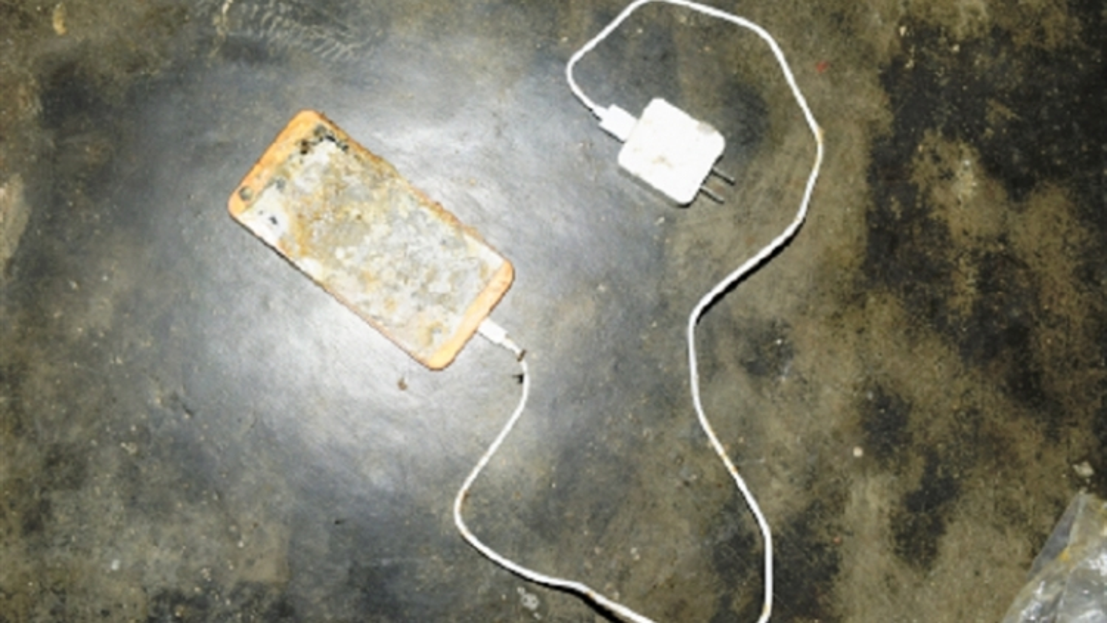 Các vụ học sinh bị điện giật khi học online,phụ huynh mất ngủ lo lắng