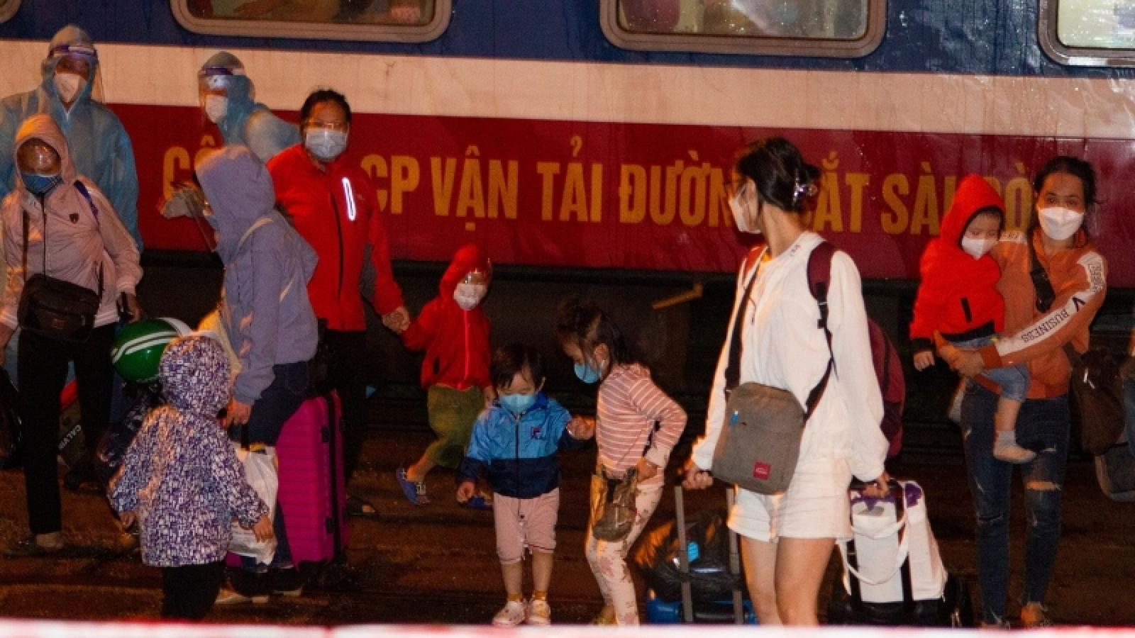 Quảng Trị đón 450 người ở các tỉnh phía Nam về quê