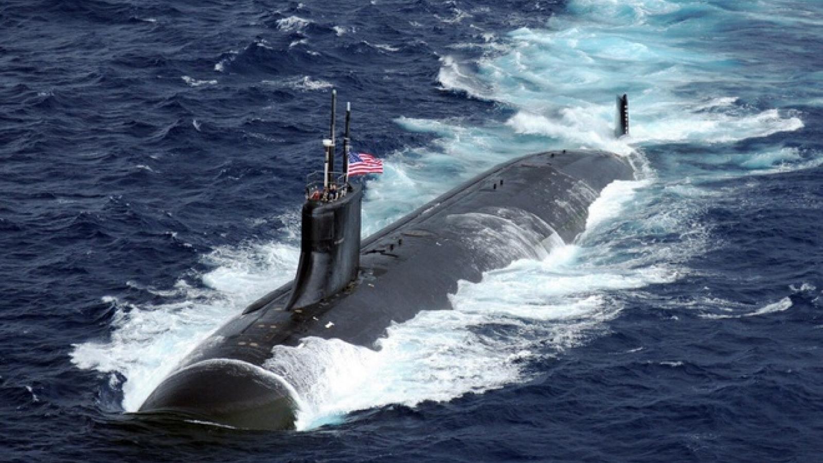 """Vì sao tàu ngầm Mỹ gặp sự cố ở Biển Đông không phát hiện được """"vật thể lạ""""?"""