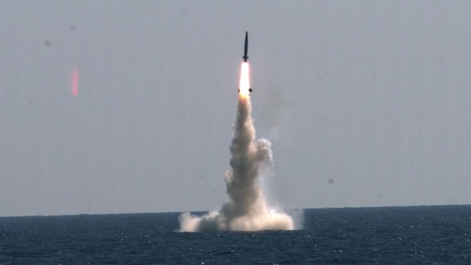 Giải mã lý do Triều Tiên liên tiếp phóng tên lửa thời gian gần đây