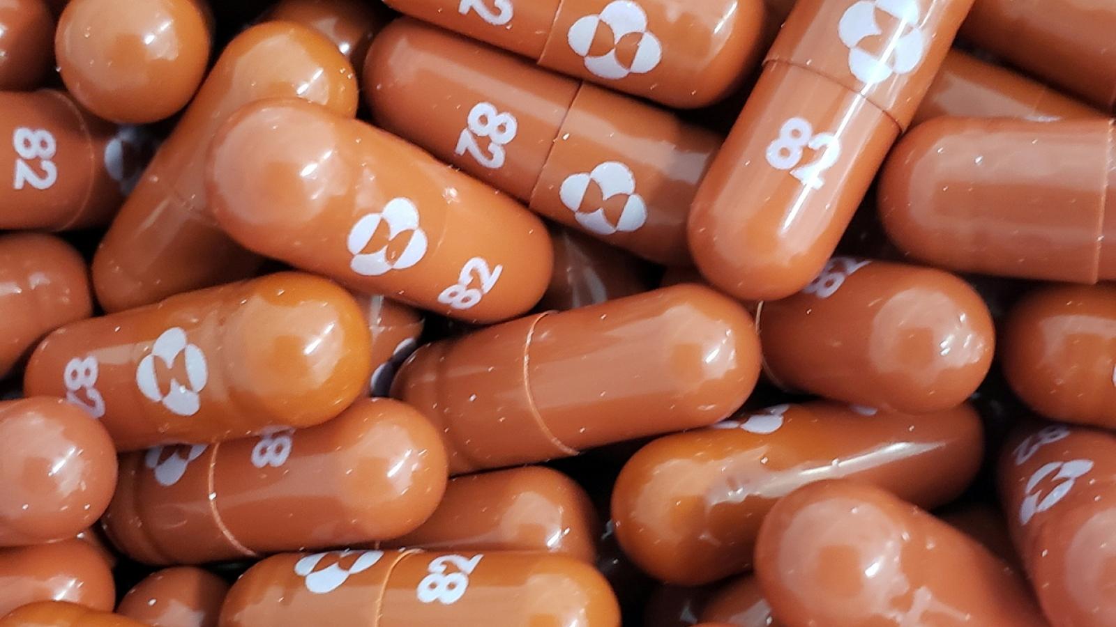 Merck chia sẻ công thức thuốc điều trị Covid-19: Cơ hội cho nước nghèo thoát đại dịch