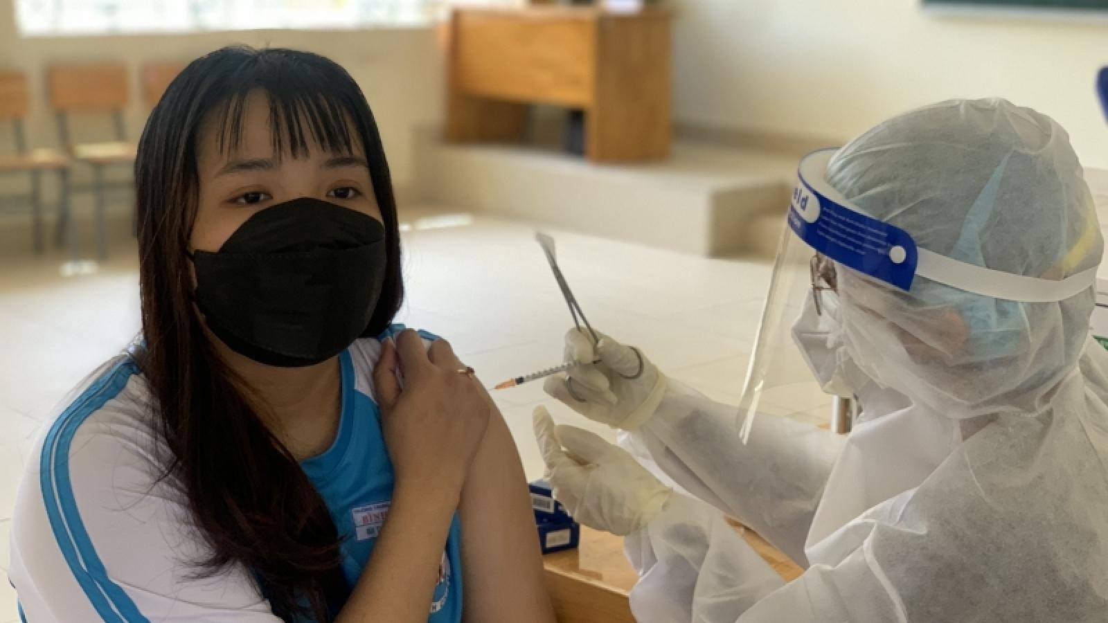 Vẫn tiêm cho học sinh dưới 18 tuổi học tại TP.HCM đã tiêm mũi 1 trước đó ở Bình Dương