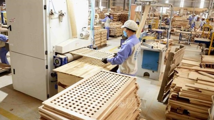 Vietnam, US reach agreement to end timber trade probe