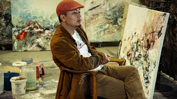 Vietnamese painter holds solo exhibition in Italy for first time