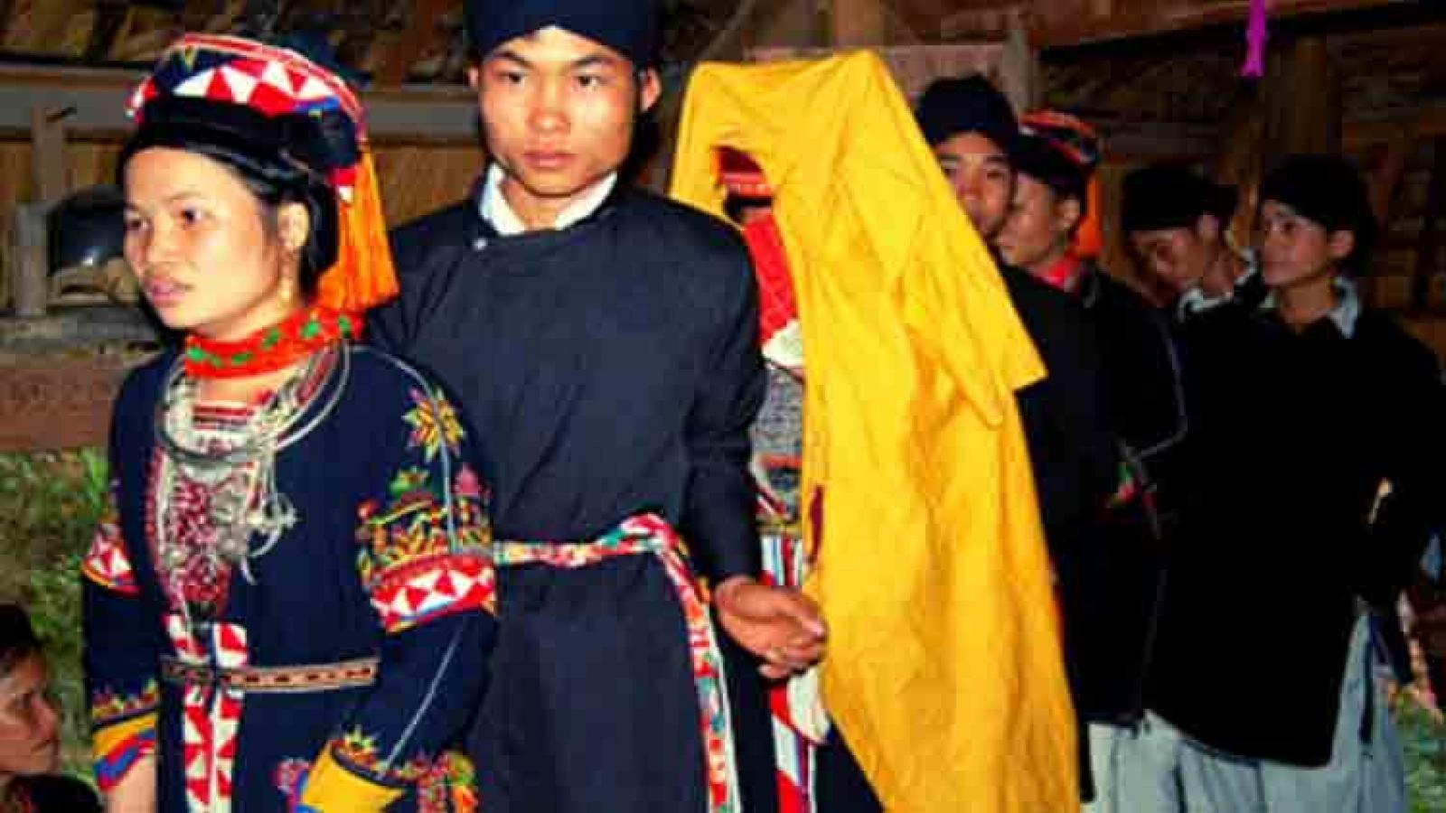 Wedding rituals of the Cao Lan ethnic group