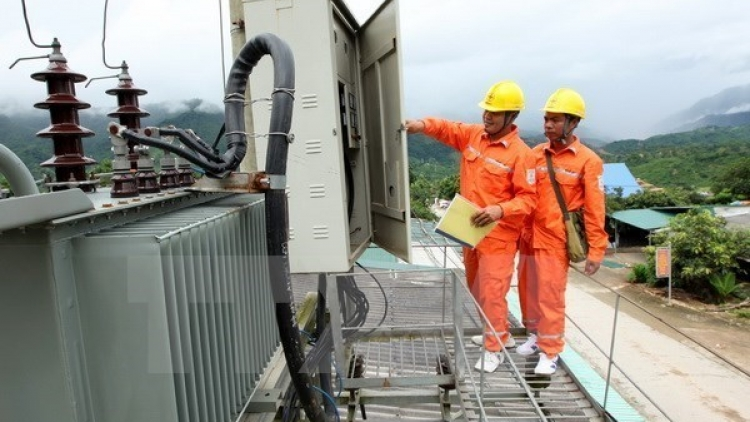 EVN aims to complete projects in southern islands in September