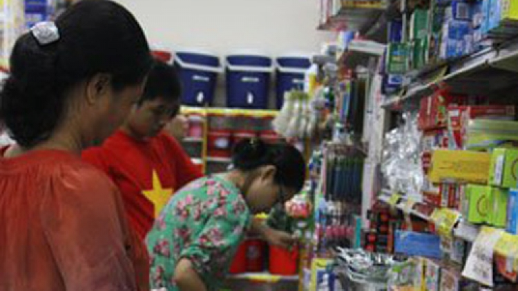 Local retailers bemoan tax policy, upbeat about competition