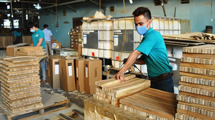 Wooden furniture manufacturers fear material shortages
