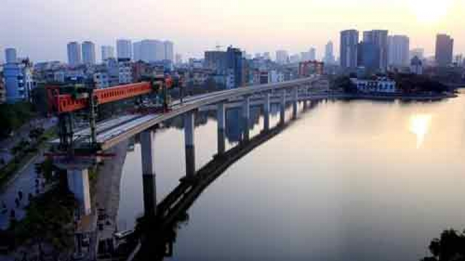 PM okays exceptions for Hanoi railway