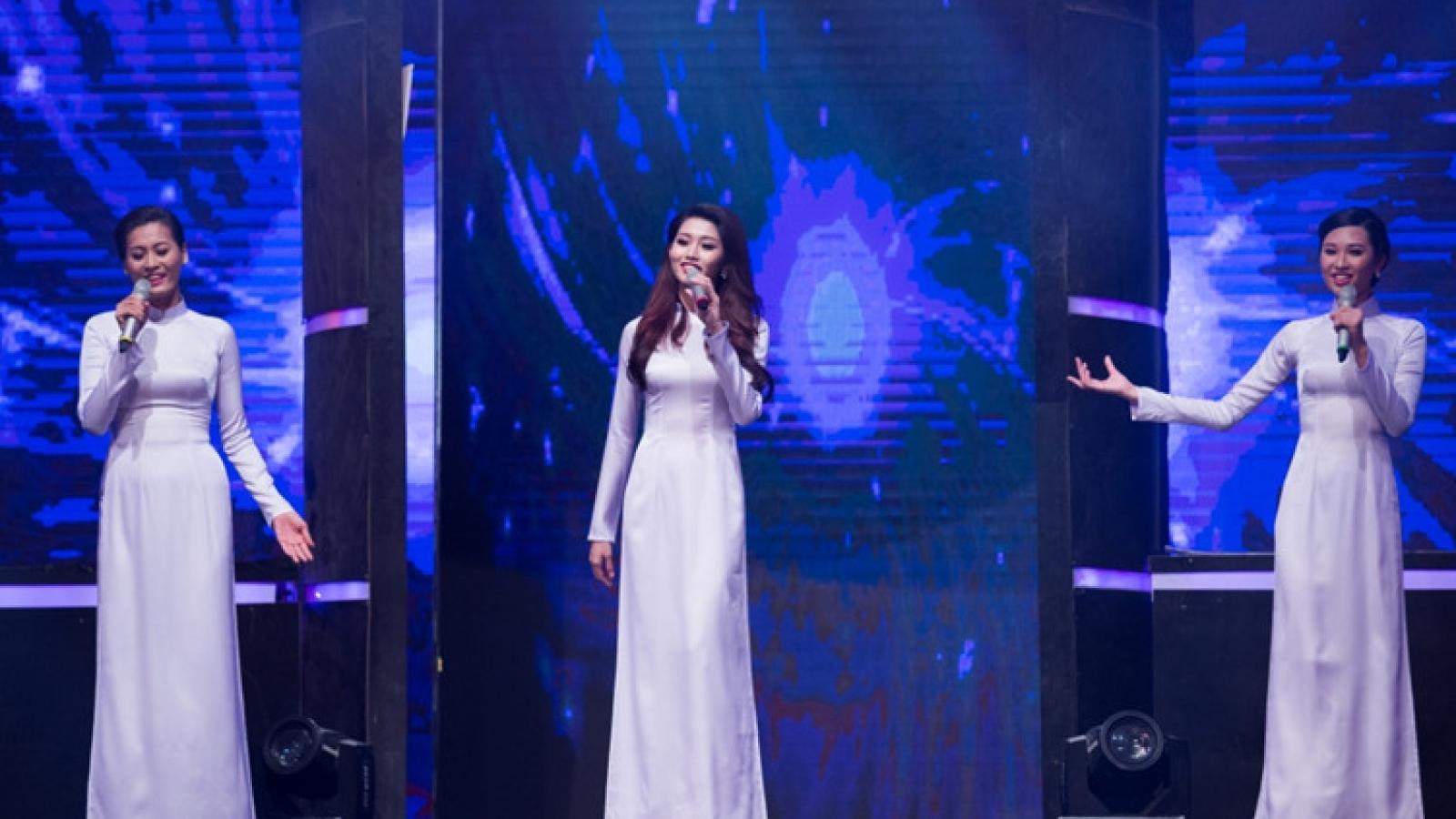 Quynh Chau makes Miss Ao Dai Vietnam finals