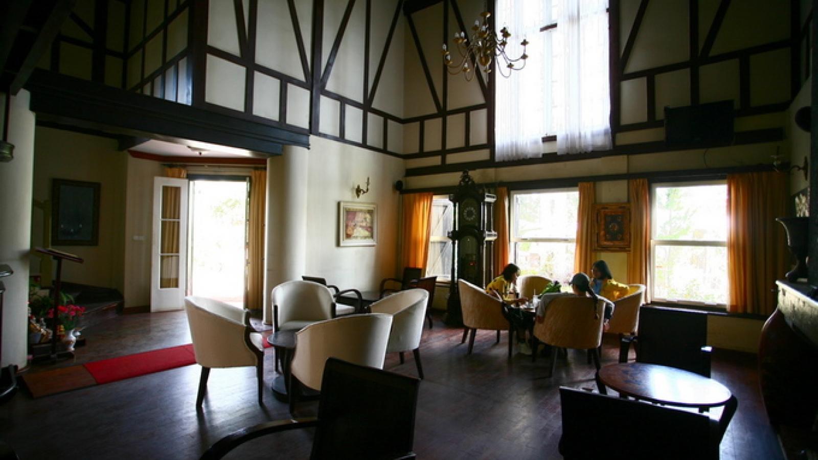 Coffee shop villa in Da Lat attracts visitors