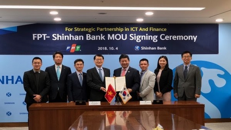 FPT establishes partnership with Shinhan bank in ICT, finance