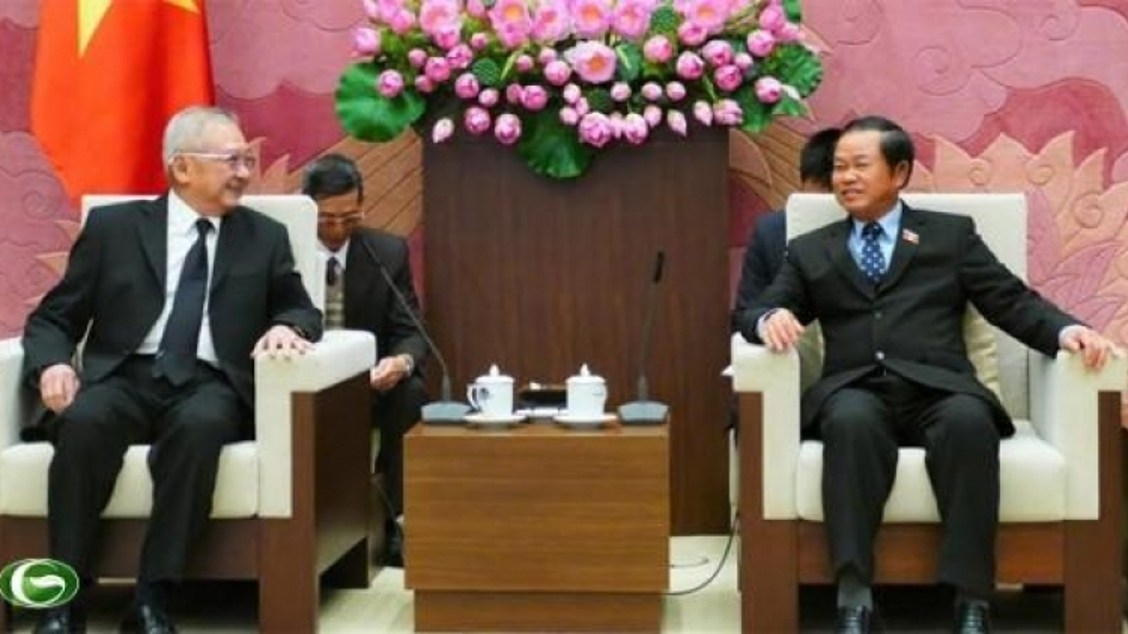 NA Vice Chair hails growing Vietnam-Thailand friendship