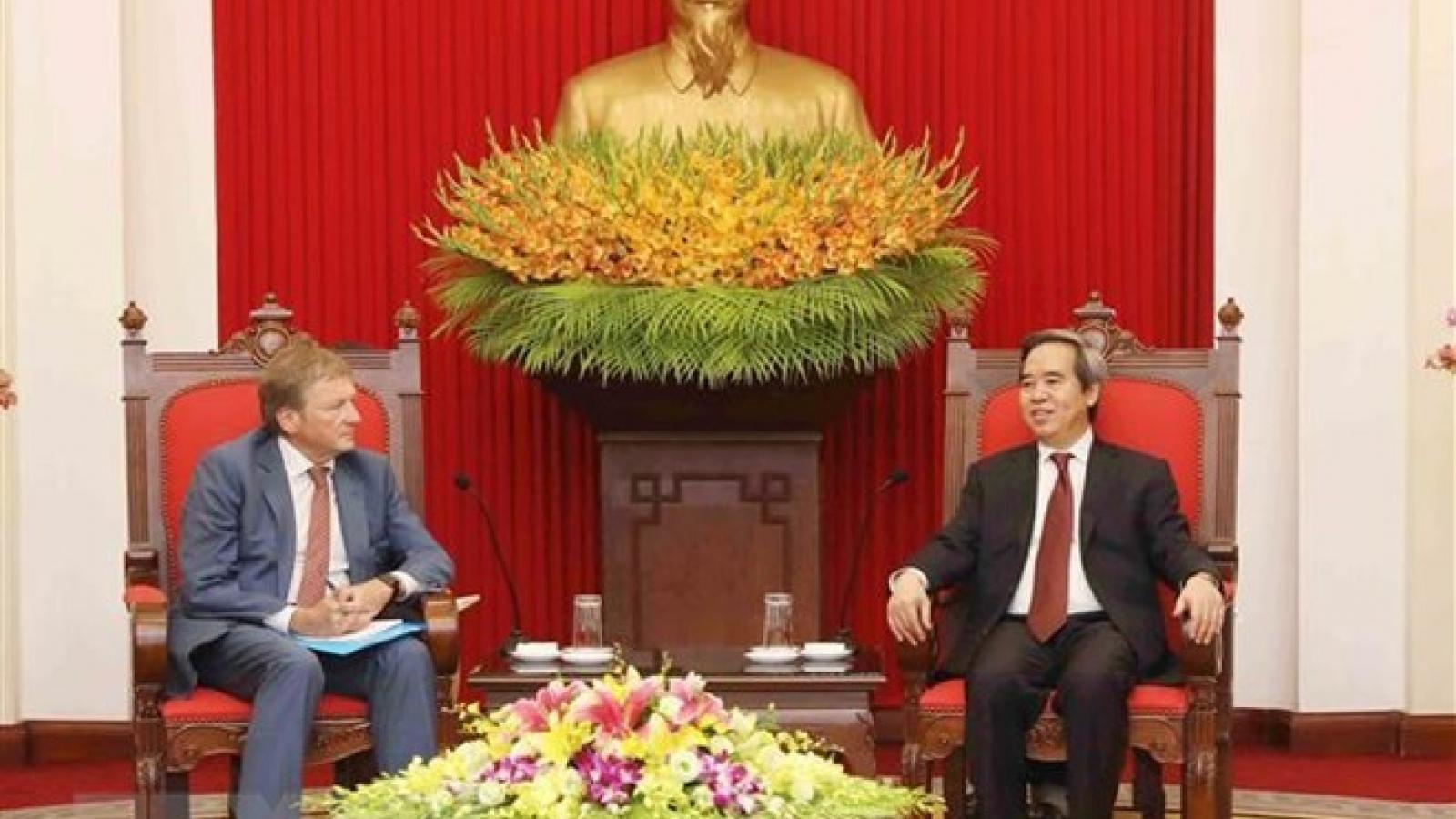 Vietnam, Russia target bilateral trade towards US$10 billion in 2020