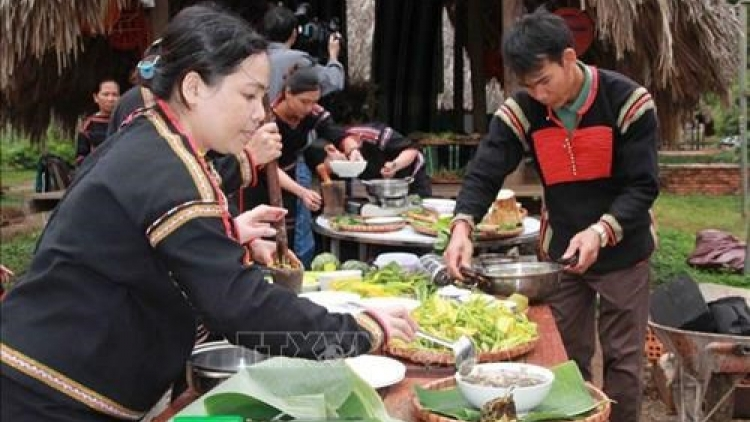 Central Highlands cuisine contest held in Dak Lak