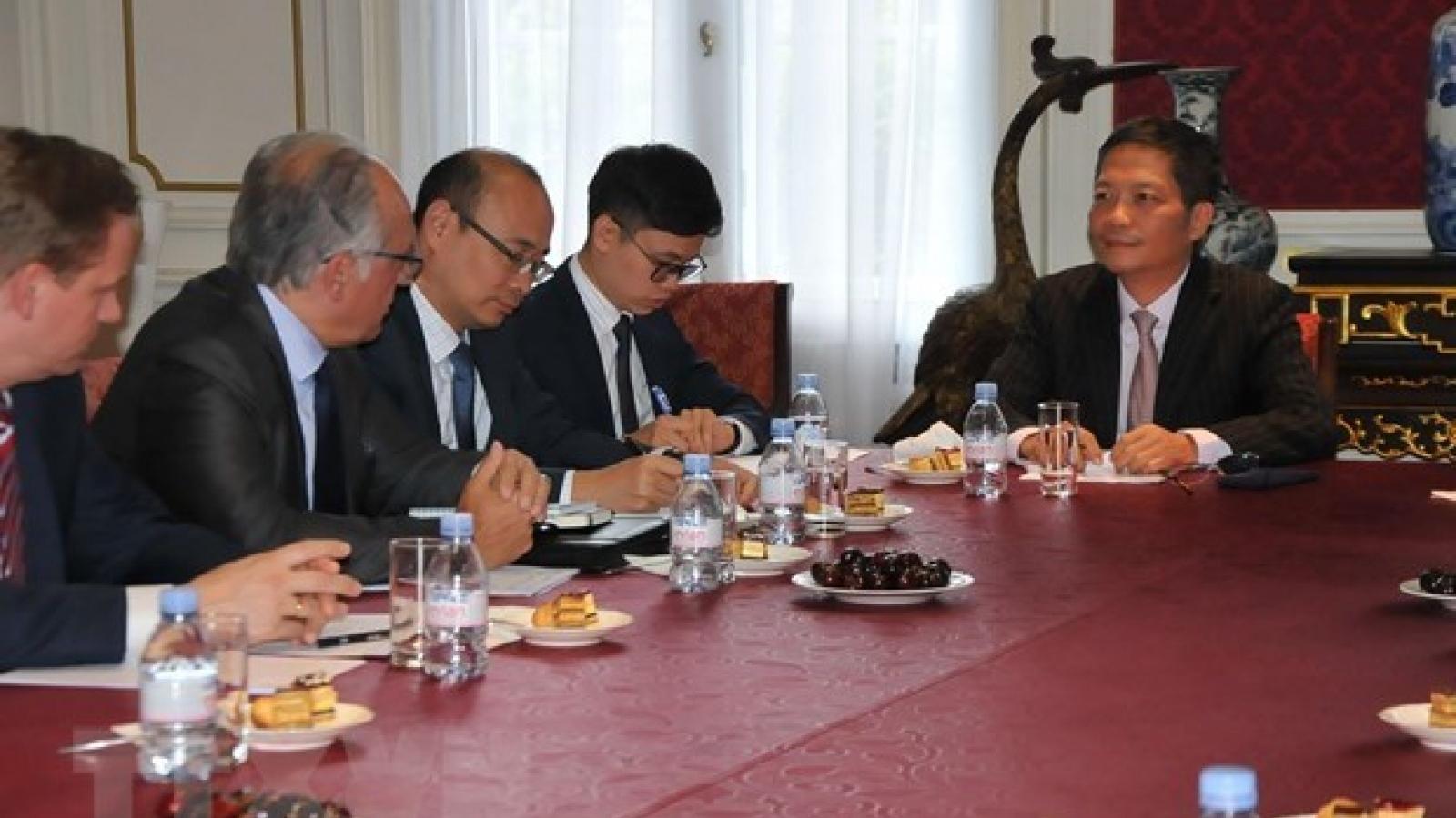 European enterprises back early signing of EVFTA