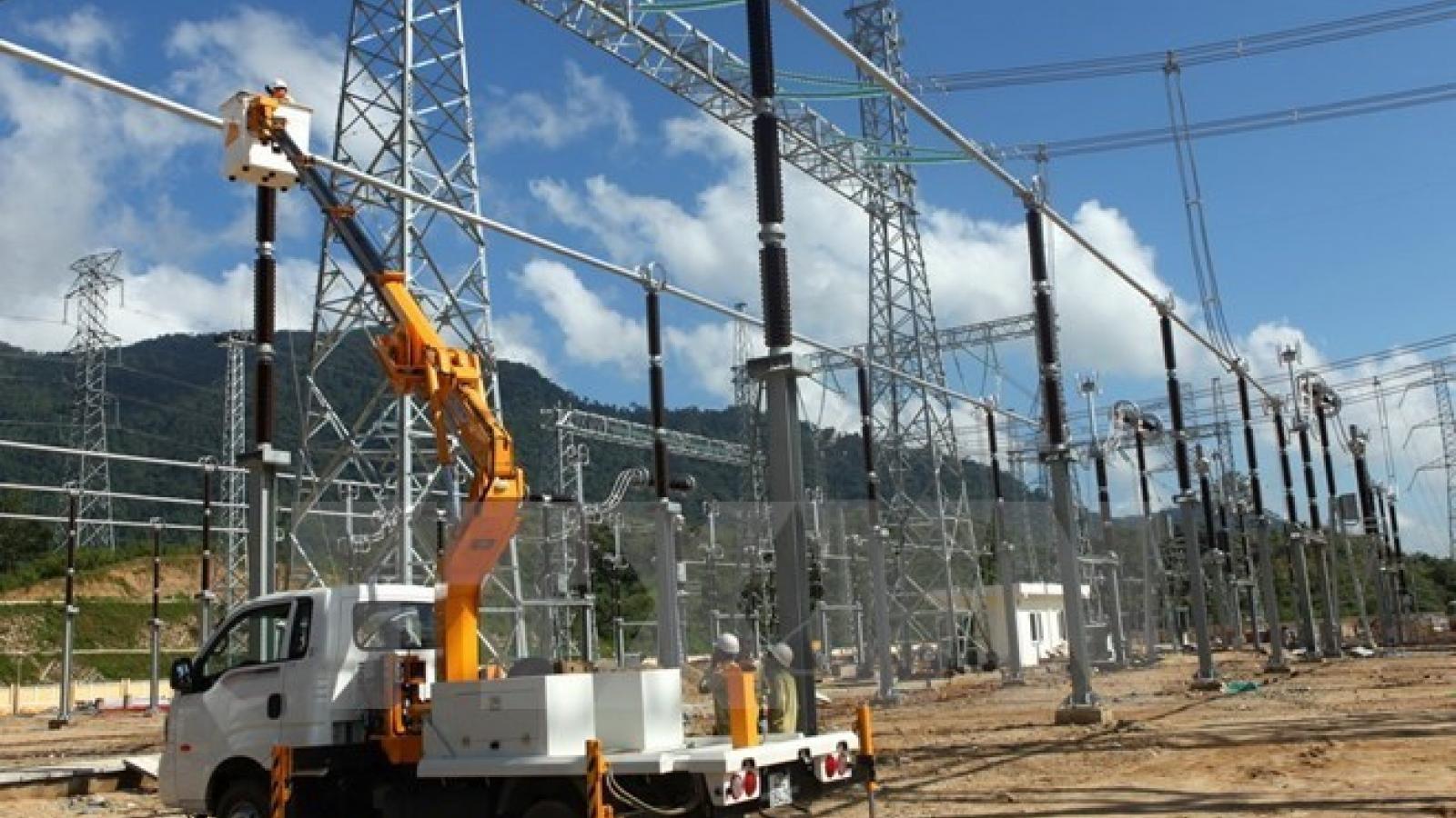 EVN assures power supplies amid prolonged drought