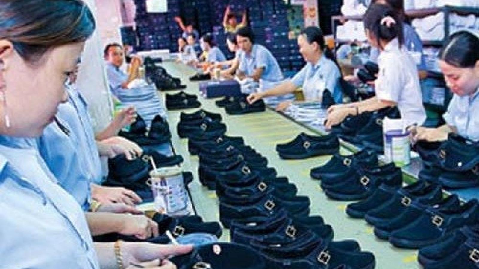Footwear exports reach nearly US$5 billion