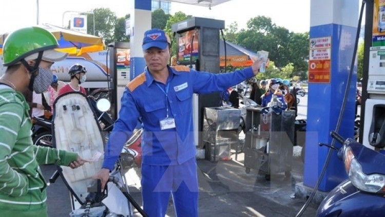 Fuel prices gain nearly VND700 per litre