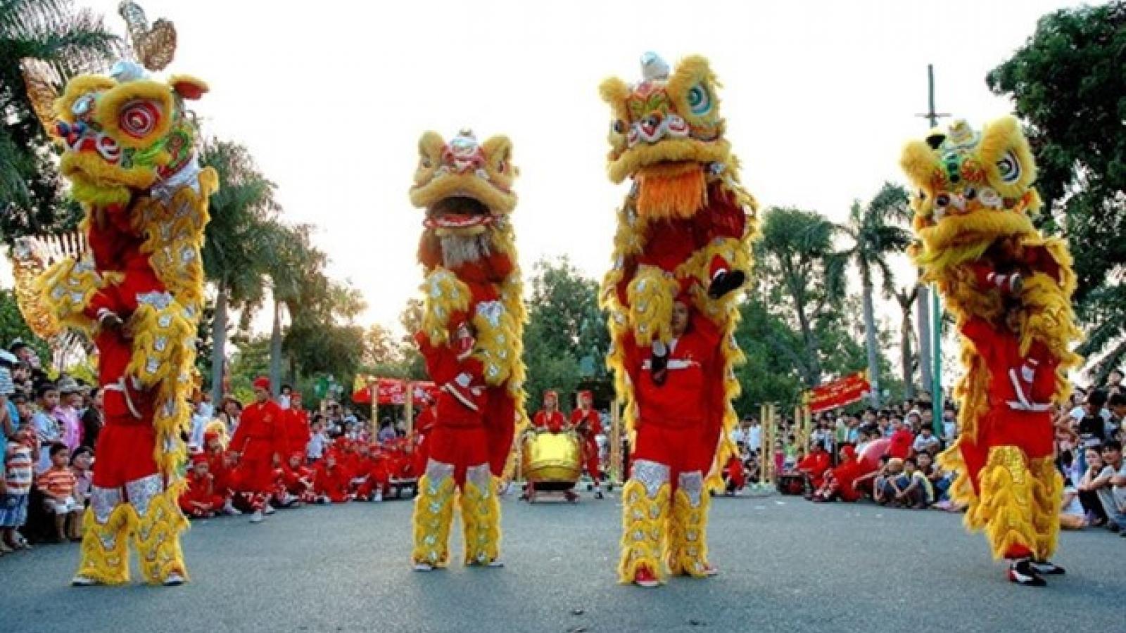 HCM City hosts dragon, lion dance contest during weekends