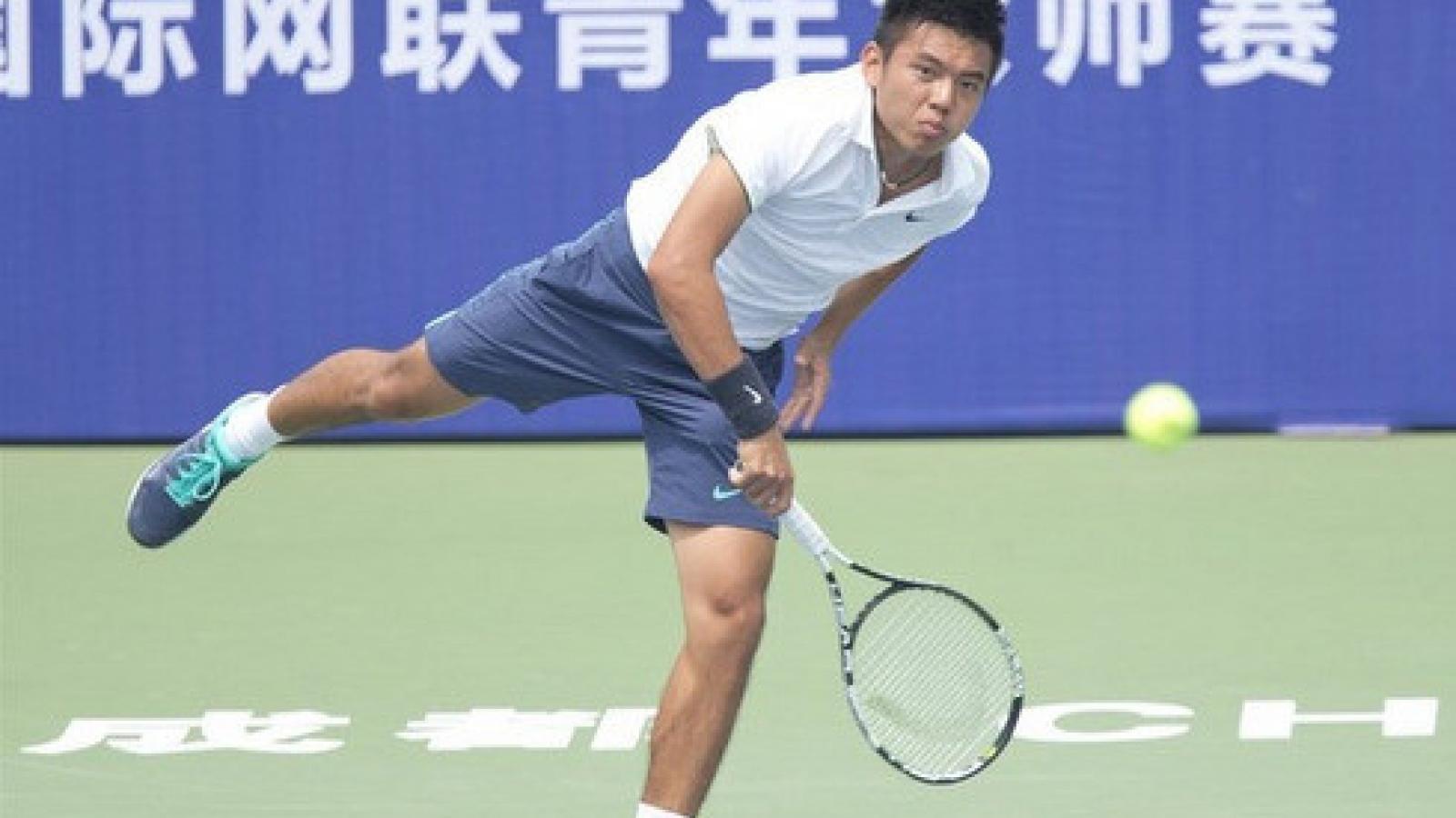 Open tennis championship gets underway