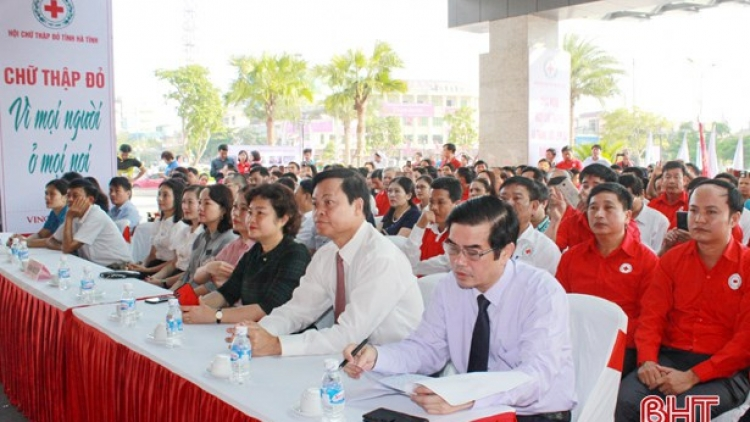 Humanitarian month launched in central Ha Tinh province