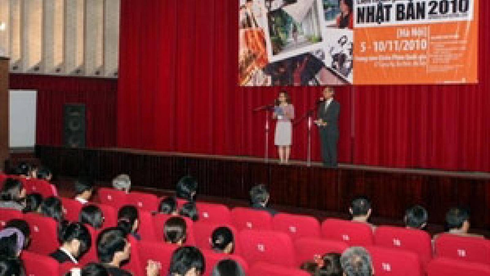 Japanese drum troupe to tour Vietnam