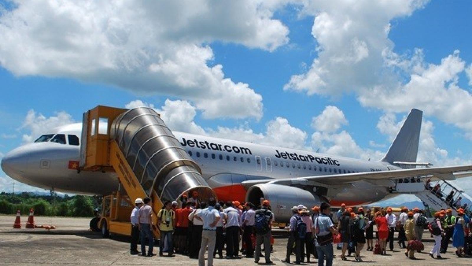 Air routes linking Hanoi, Da Nang and Japan's Osaka launched