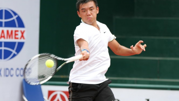 Hoang Nam falters in doubles play in China