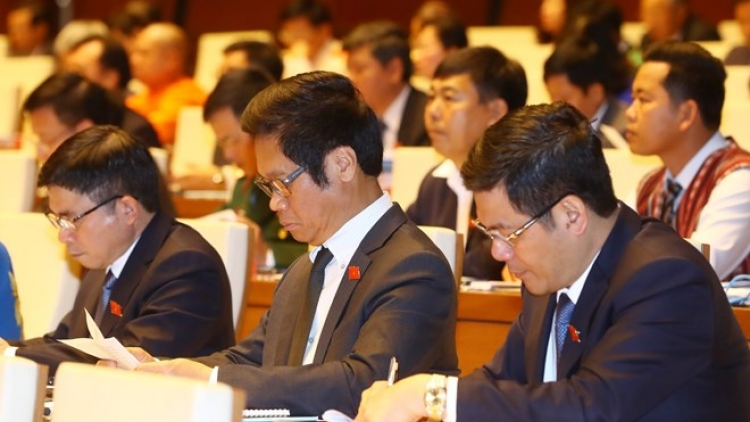 Reports on national situation, draft laws submitted to parliament