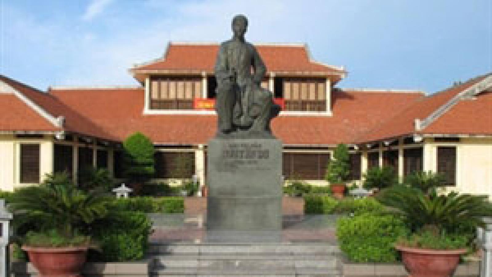 Exhibition on Nguyen Du's literature legacy opens