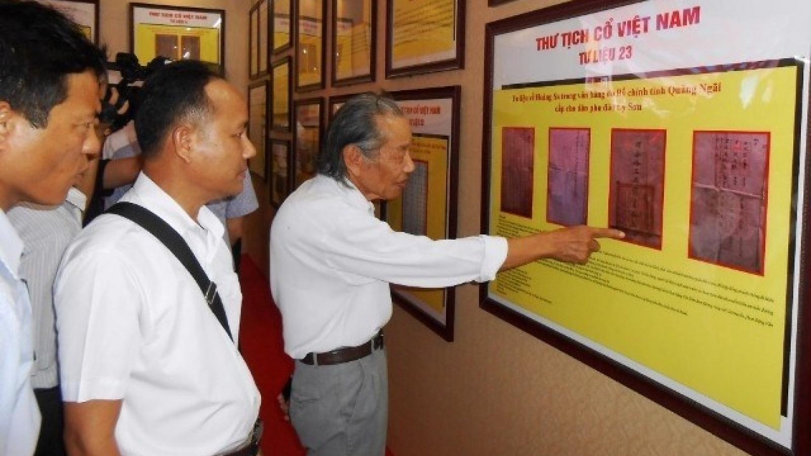 Photo exhibition on Truong Sa to tour Hanoi, Hung Yen, Lam Dong