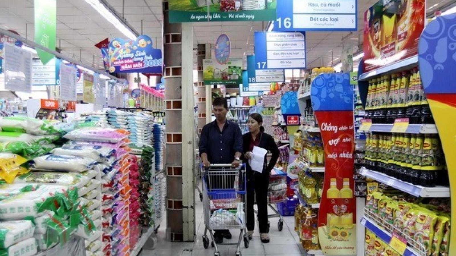 Retail sales, consumer service revenue rise 12 percent in Q1