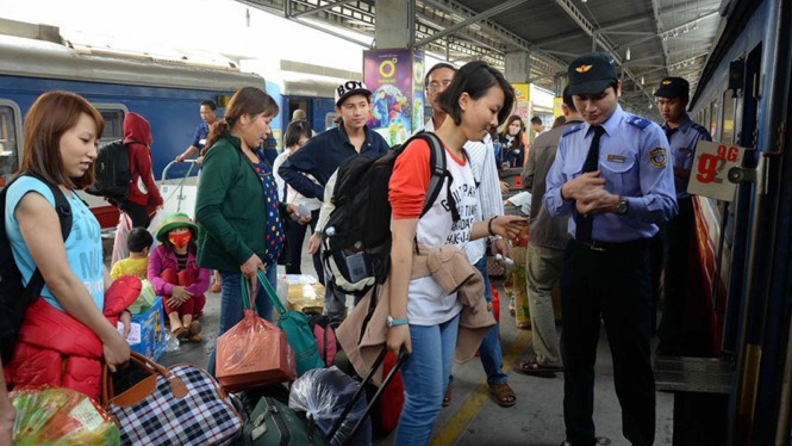Saigon Railways to cut fares to beach towns for long weekend