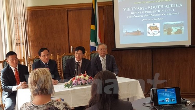 Vietnam, South Africa boost sea logistics cooperation