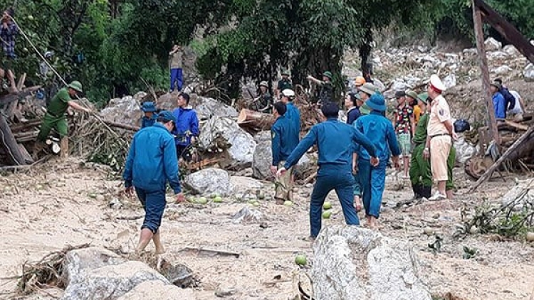 Flash flood leaves 2 dead, 2 missing in Thanh Hoa