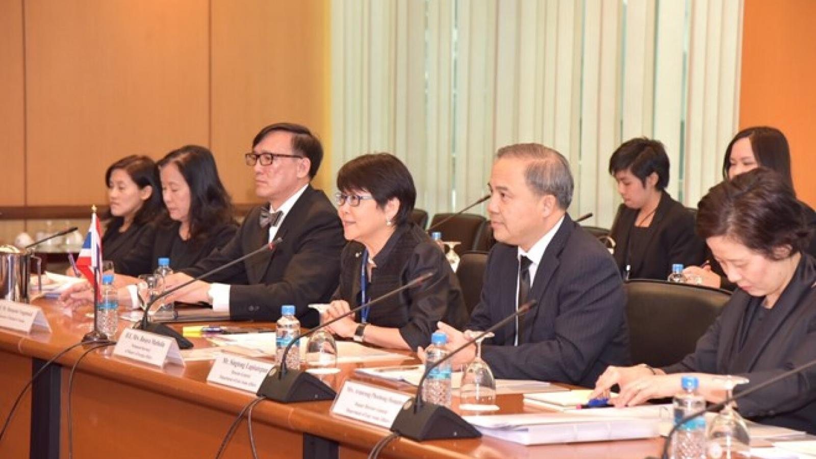 Vietnam, Thailand note stronger strategic partnership at consultation
