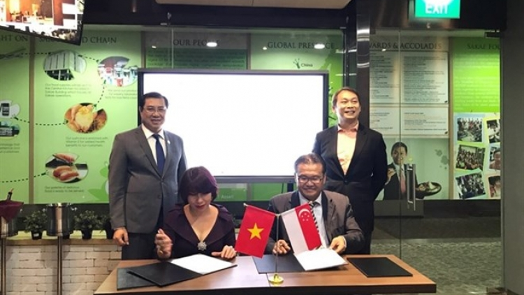 Vietnam, Singapore to develop medical waste project