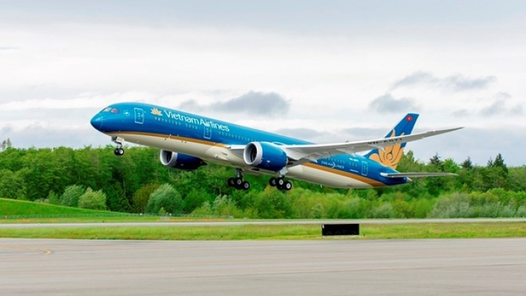 Vietnam Airlines delays flights to China due to storm Pakhar