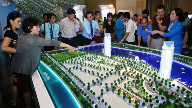 Vietnam's real estate market likely to stay stagnant this year