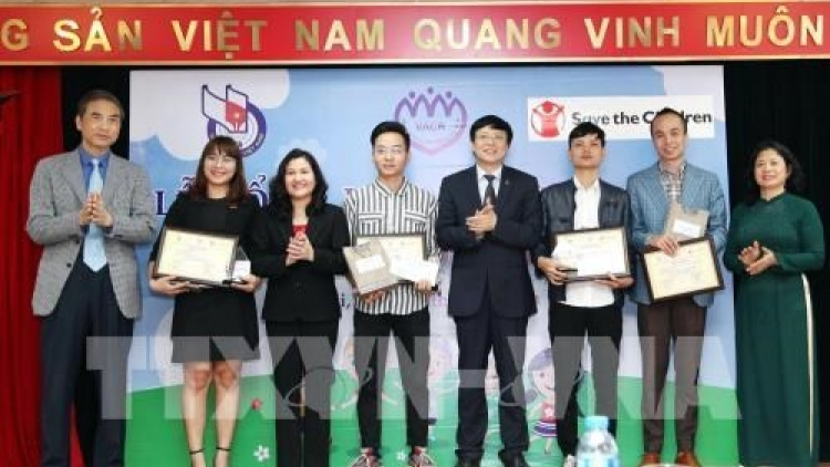Winners of first national press award on children announced