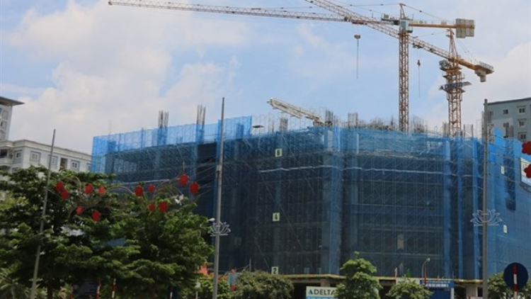 Hanoi sees Q3 surge in mid-end apartment sales