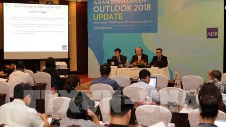 Vietnam keeps up strong growth in first half: ADB