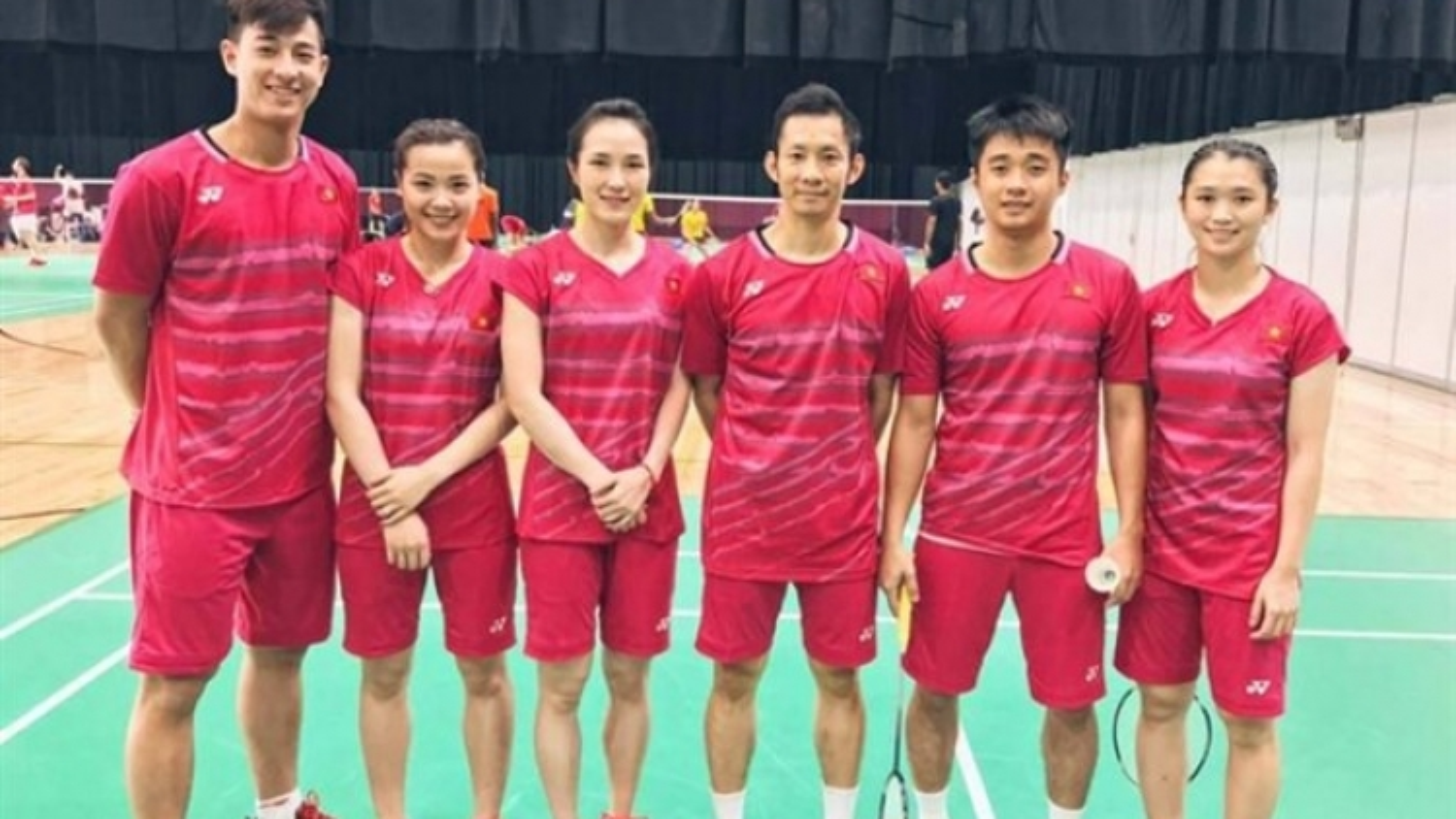 Vietnamese badminton team enjoys first win at Sudirman Cup