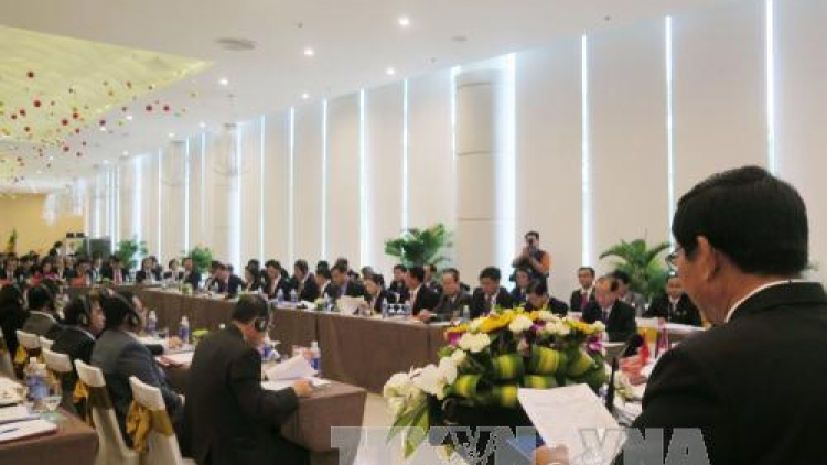 CLV justice institutions attend a round-table meeting
