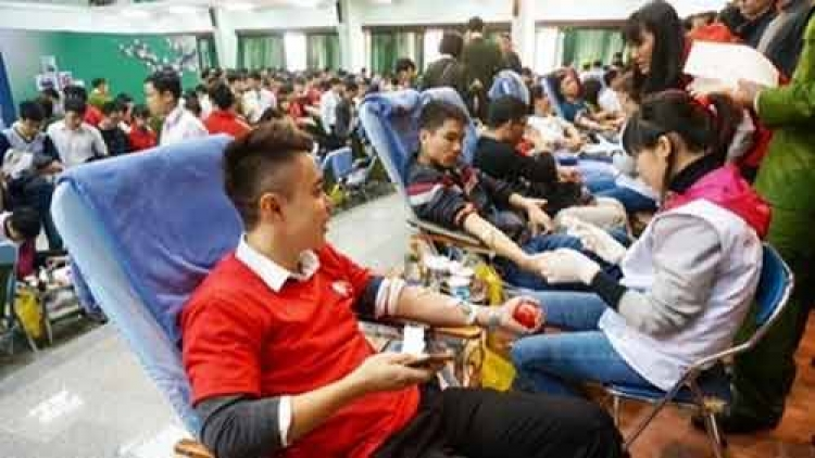 Patients worry Tet holiday will see blood shortage
