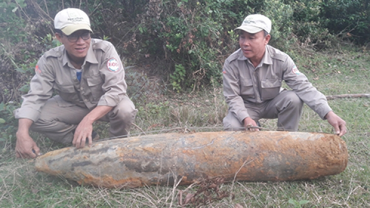 279-kilo war bomb unearthed in central Vietnam