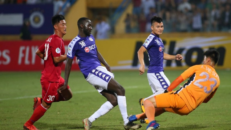 Hanoi FC draw with 4.25 SC in first leg of AFC Cup Inter-Zonal finals